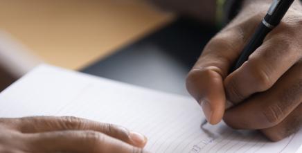 Les jeunes écrivains africains apprennent à ré-imaginer les ODD au FRADD
